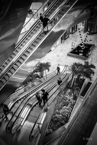 Miami mood - shopping center