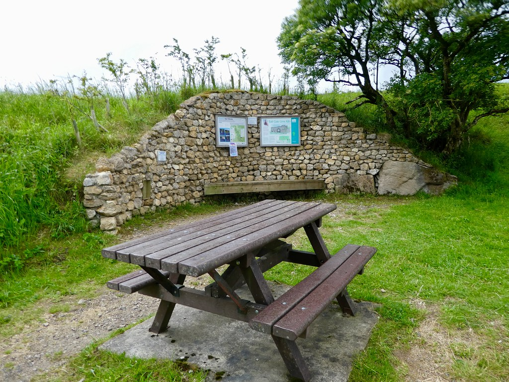 Picnic area, The Coldstones Cut