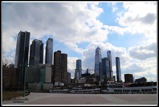 CIRCLE LINE PIER. NEW YORK CITY.