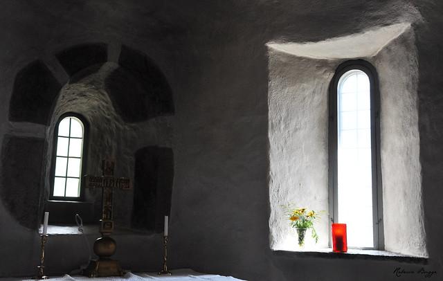 Old Hjälmseryd Church (The apse)