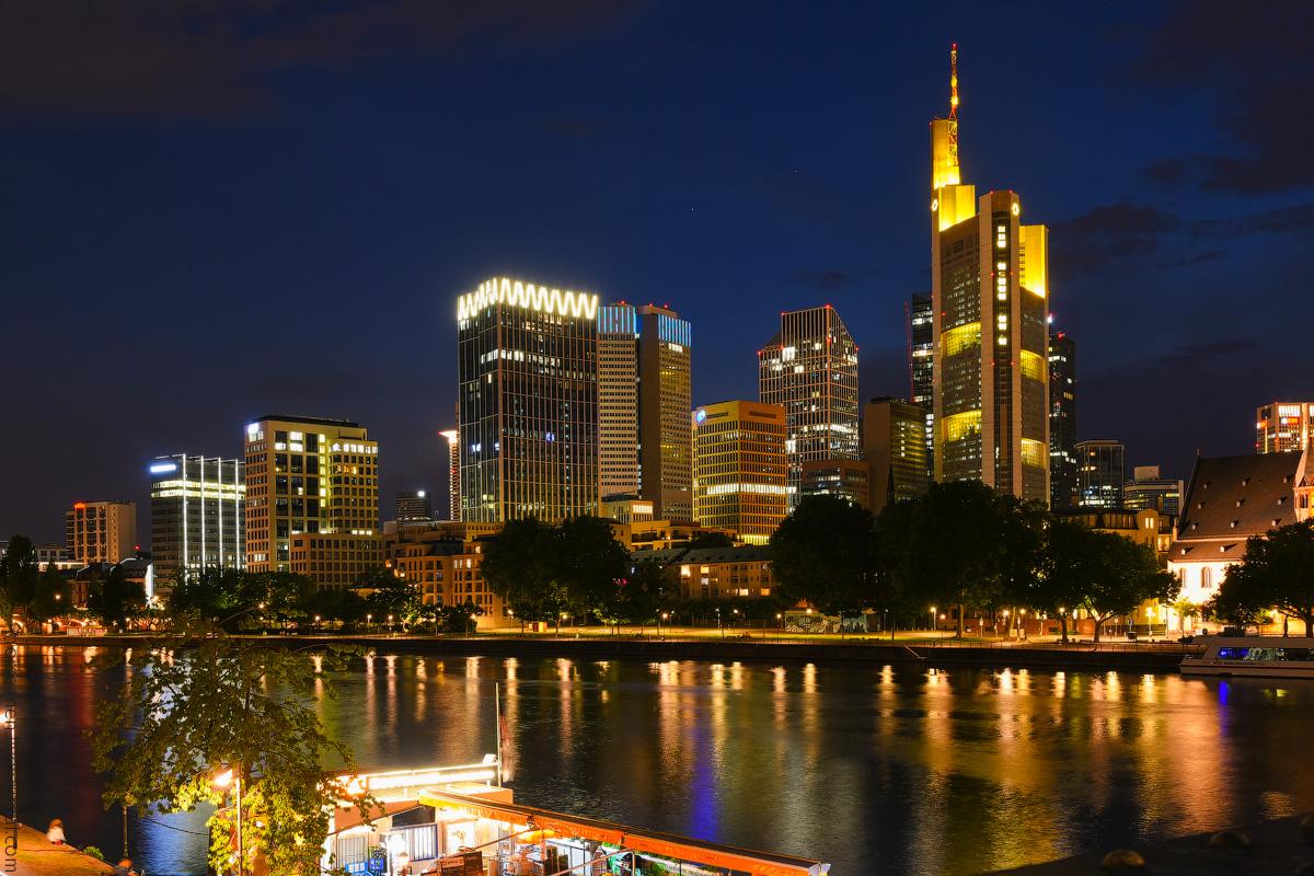 Frankfurt-Hotel-(11)