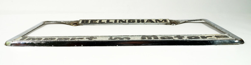 RD30484 Vintage Bellingham Import Motors i m License Plate Frame Steel DSC08225