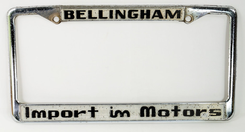 RD30484 Vintage Bellingham Import Motors i m License Plate Frame Steel DSC08217