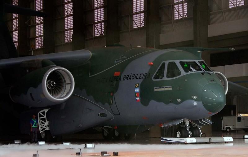 Embraer KC-390 12