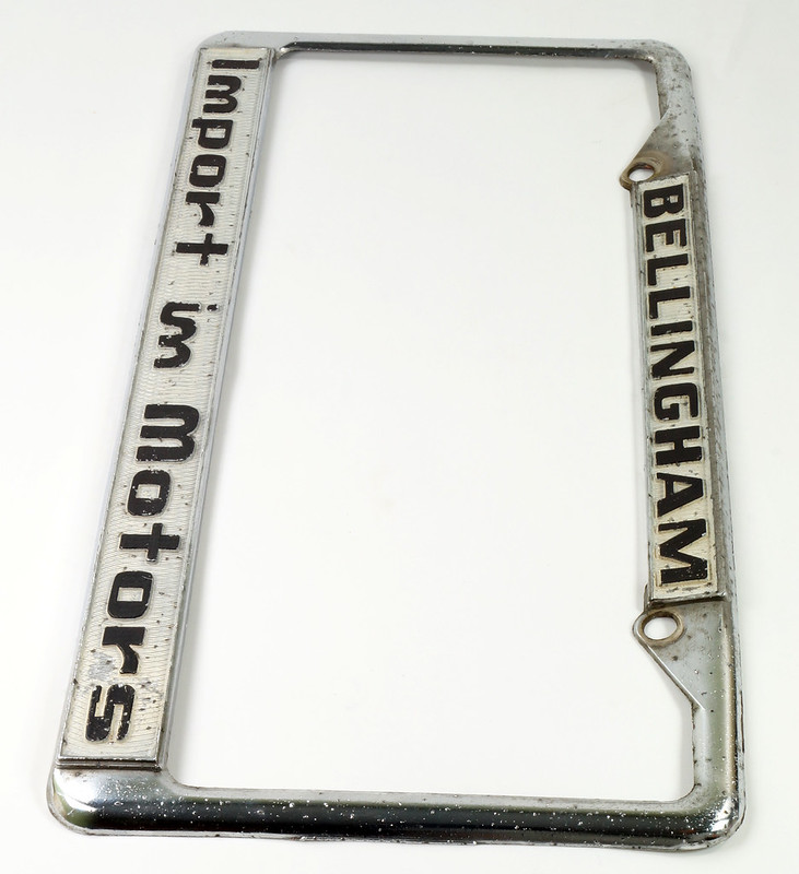 RD30484 Vintage Bellingham Import Motors i m License Plate Frame Steel DSC08220