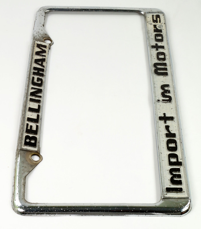 RD30484 Vintage Bellingham Import Motors i m License Plate Frame Steel DSC08219