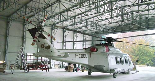 Capannoni / hangar per elicotteri