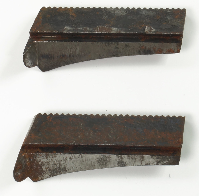 RD17102 Antique C.E. JENNINGS & Zenith Adjustable AUGER BIT Steers Plus 2 Blades in Old Pouch DSC08272