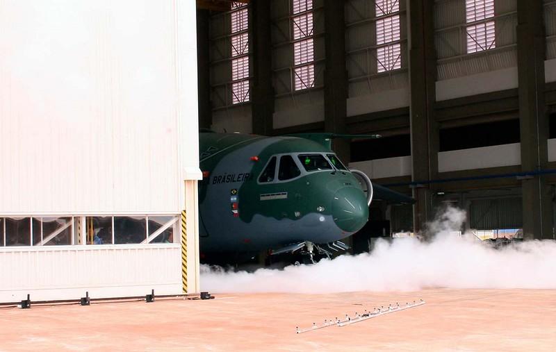 Embraer KC-390 9