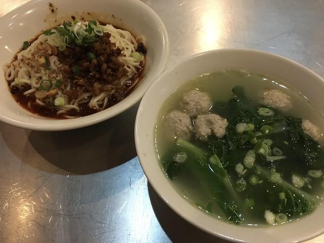 青菜川丸子湯,丸子滿柔軟的@樂食蜀川味麵館