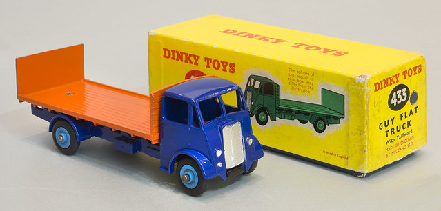 Dinky Toys 433 Guy Flat Truck with Tailboard and box