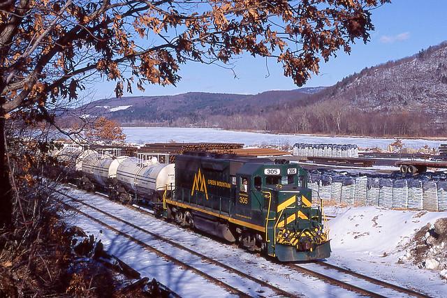 Vermont Rail System DA-SW Riverside, VT