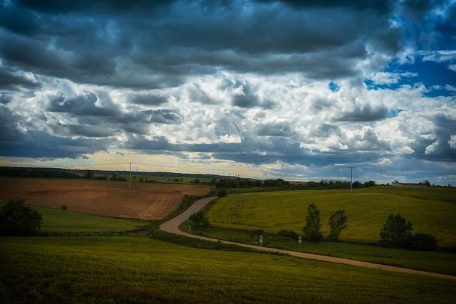 Camino a la tormenta