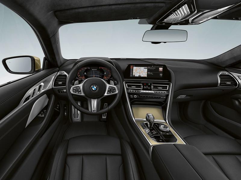BMW-8-Series-Golden-3