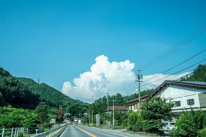 木曽街道の夏空