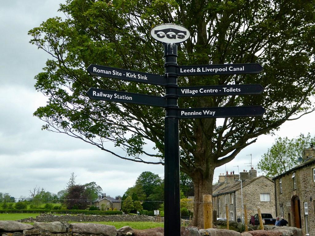 Finger post, Gargrave village centre