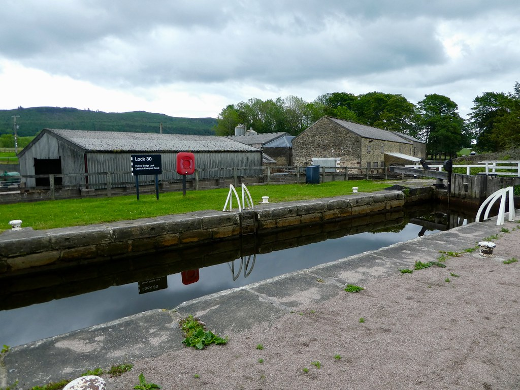 Holmes Bridge Lock, Gargrave