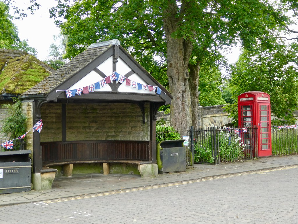 Summer seat and phone box Gargrave