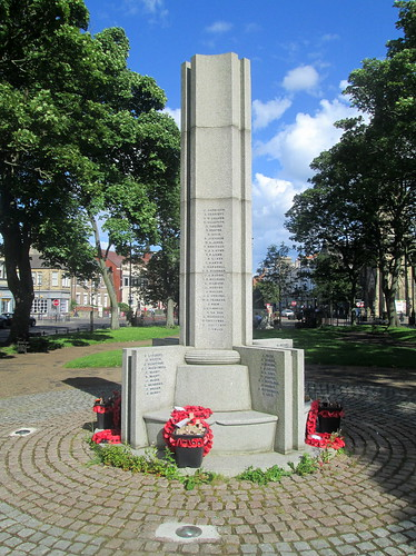 Tynemouth War Memorial, North Aspect