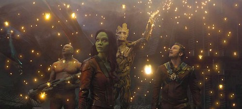 guardians-of-the-galaxy-groot-spores-light-1