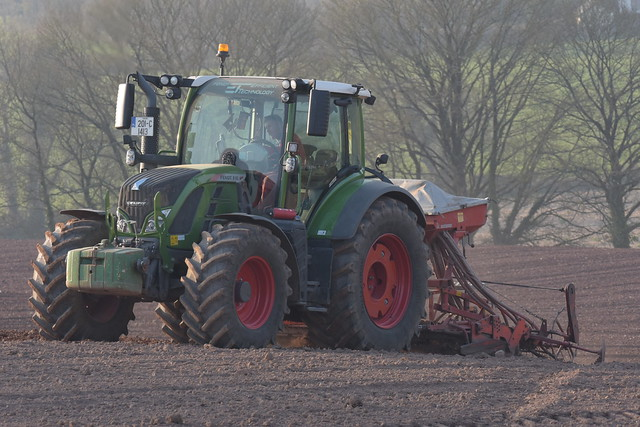 Fendt 516 Vario Tractor with a Kuhn Power Harrow & Accord Seed Drill