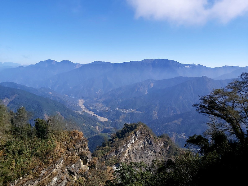 Mt. Data: view on the way to Mt. Duigaoyue