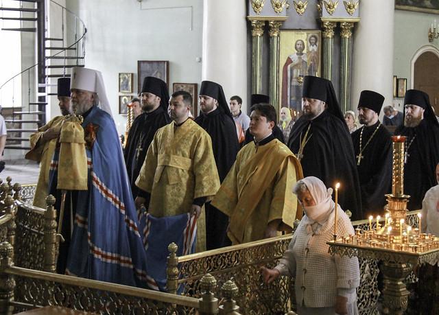 В неделю всех святых, в земле Русской просиявших 21.06.2020
