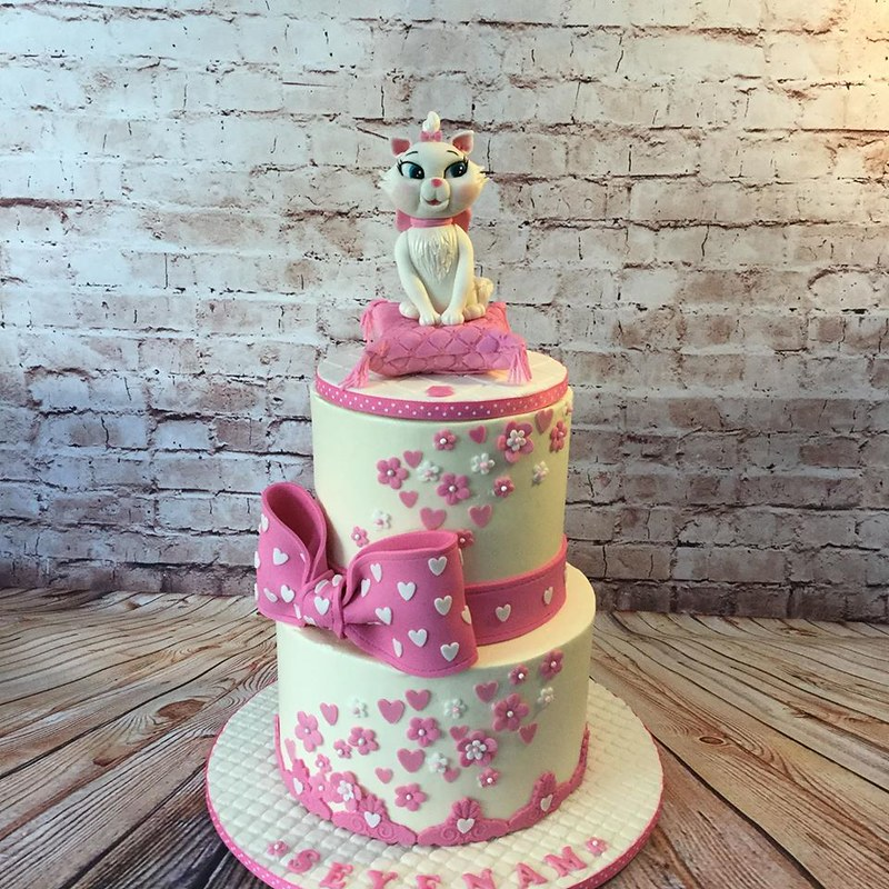 Cake by Sweet Garden Cakes