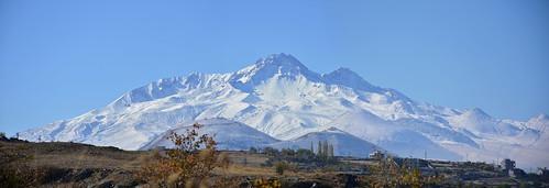 erciyes panorama erciyesmountain 3916mt centralanatolia oldvolcanoes kayseri türkiye türkei tr turchia turquie skiresort panoramamaker6