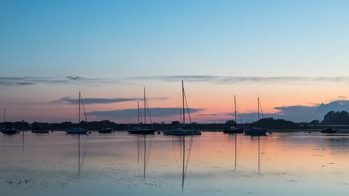 pastel silhouettes sunsetsky wetreflections reflections