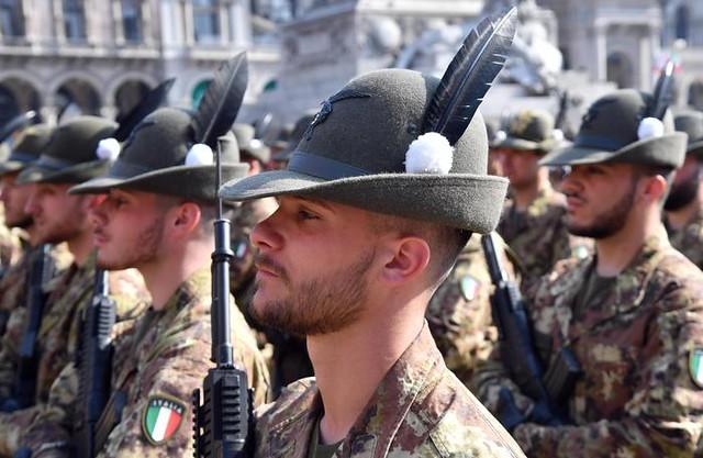 Adunata Alpini: al via con alzabandiera in piazza Duomo
