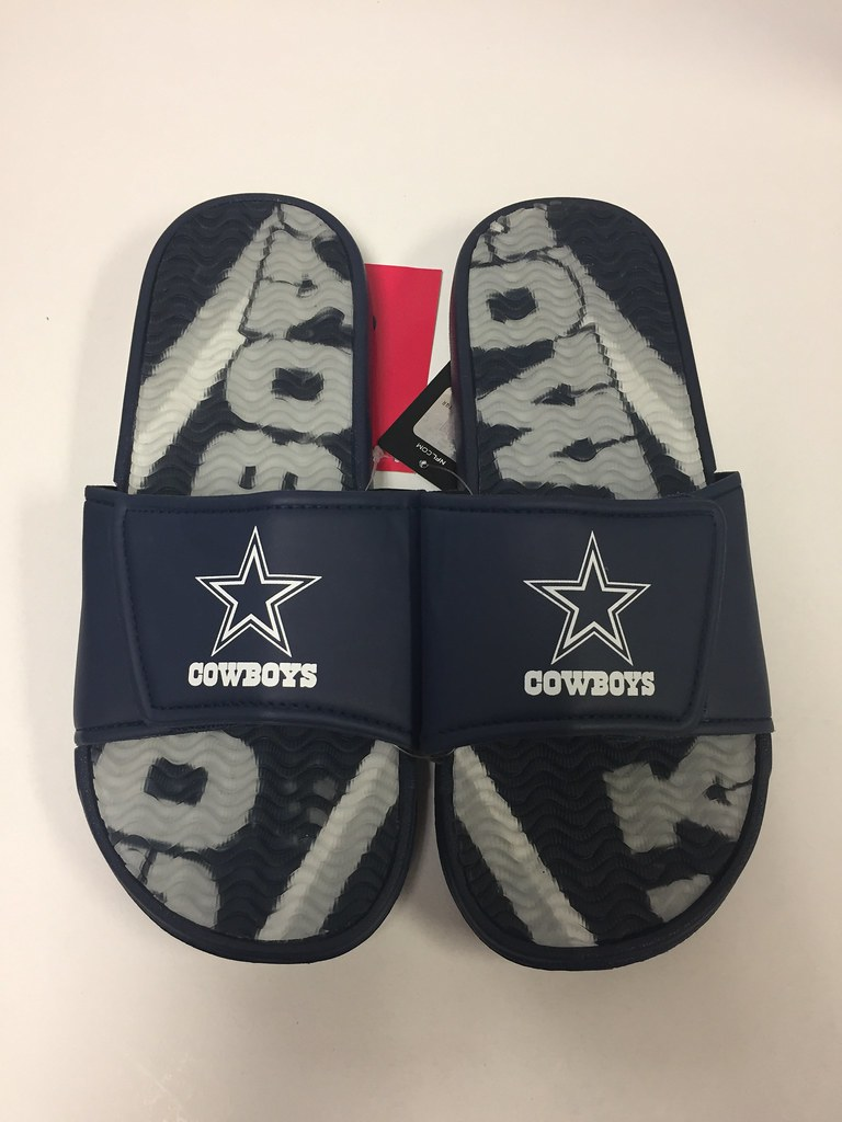 Dallas Cowboys Men's Gel Shower Sport
