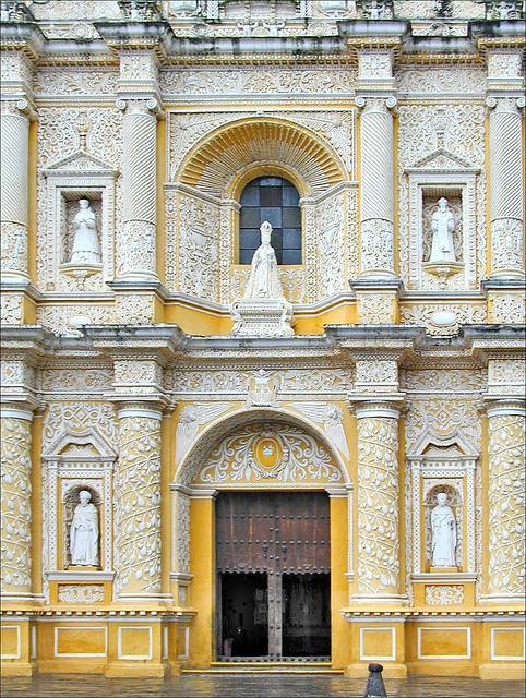 L'église de la Merced (Antigua, Guatemala)