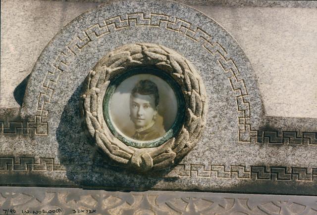 Memorial, Cemetery, West Norwood, 1990,  TQ3272-002