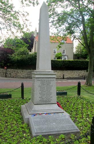 Reverse, Whitburn War Memorial
