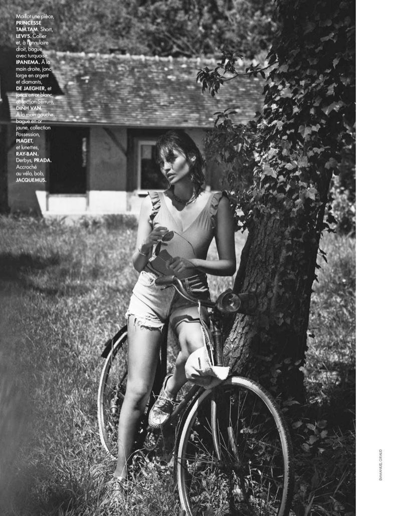 Lena-Simonne-ELLE-France-Swimsuit-Cover-Photoshoot08