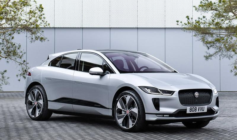 2021-jaguar-i-pace-15