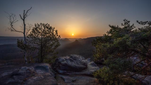 Soft light on hard rocks - Weiches Licht auf hartem Fels