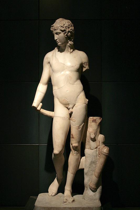 800px-0_Eros_Thanatos_Musei_Capitolini_(1)