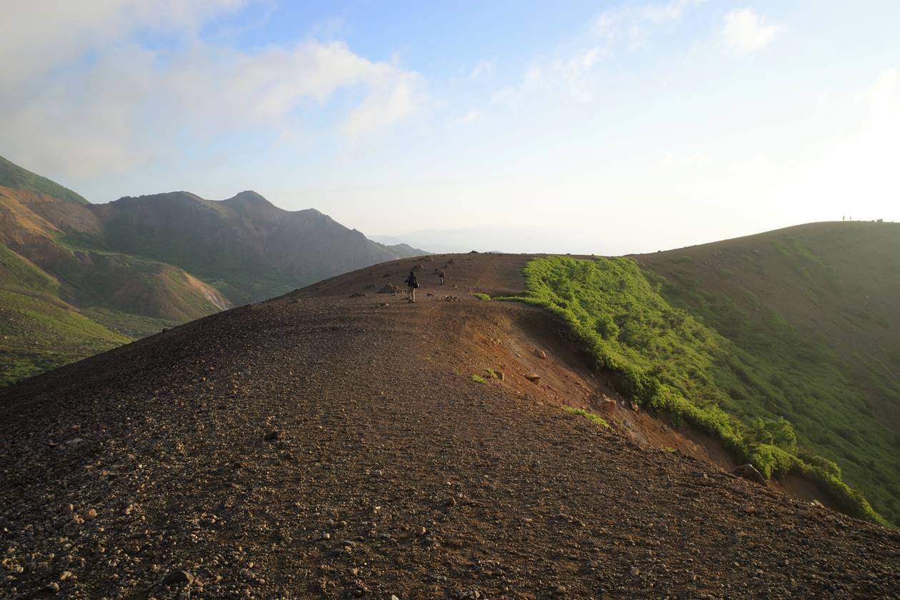 吾妻小富士の登山道