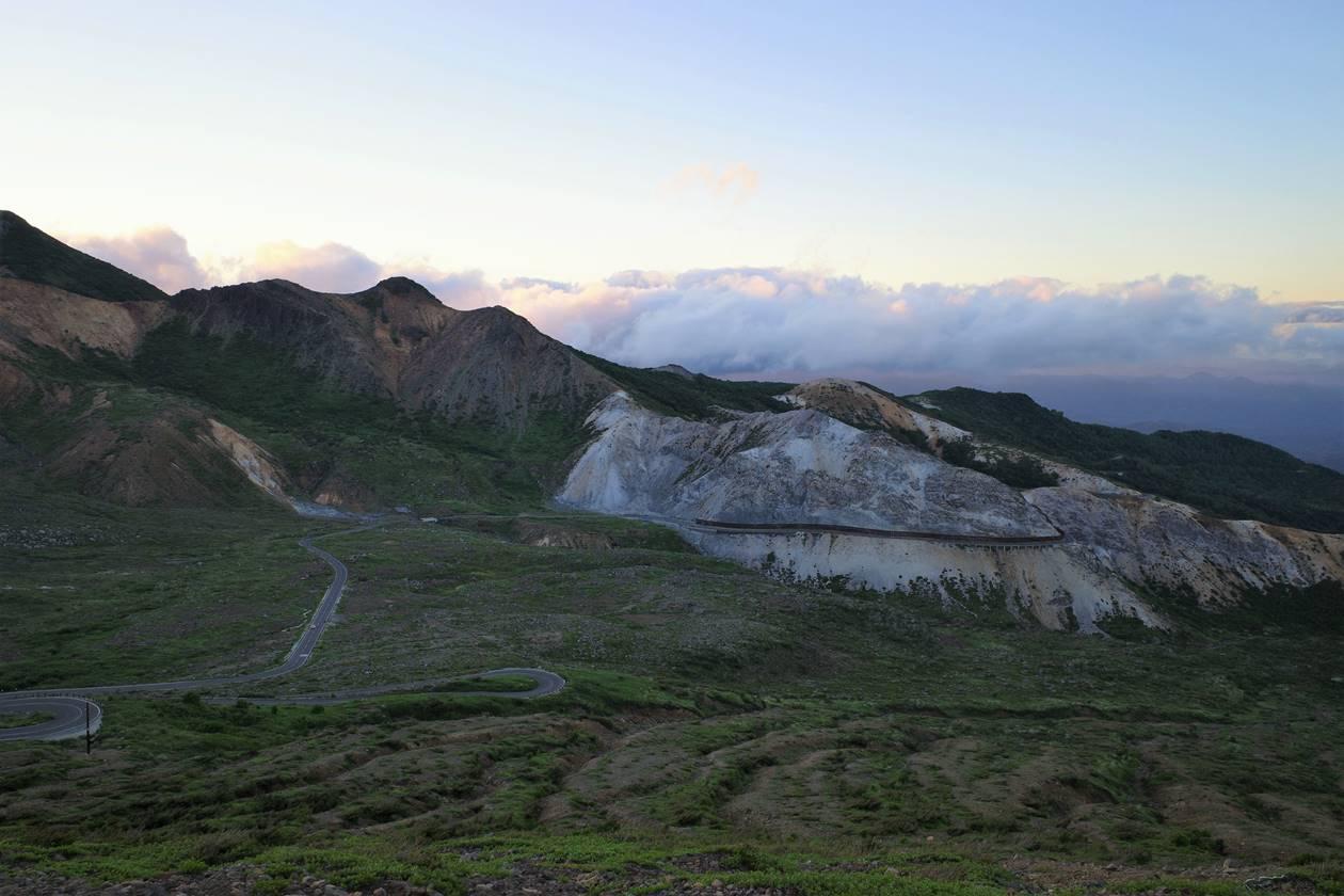 吾妻小富士から眺める磐梯吾妻スカイライン