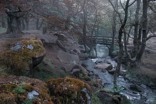 bridge mist fog grindleford padleygorge peakdistrict derbyshire
