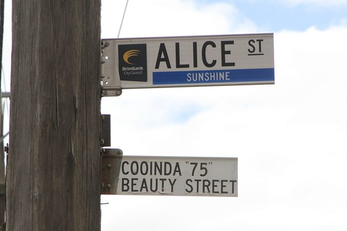 'Cooinda 75 Beauty Street' sign on Alice Street in Sunshine