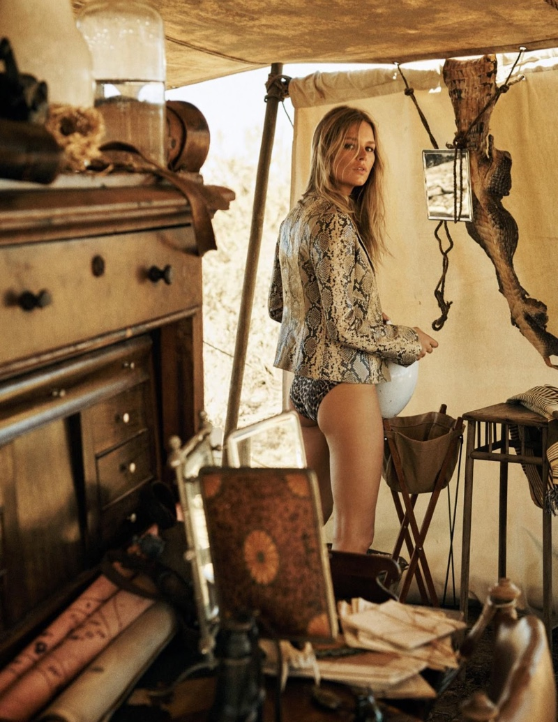 Anna-Ewers-Safari-Editorial03