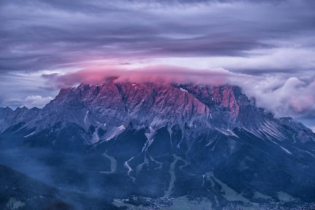 Zugspitze im Sonneuntergang