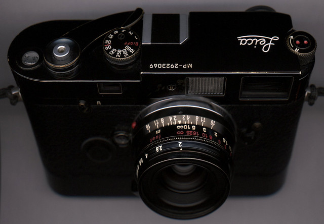 Leica MP- Chinese Summicron 35mm 8EL