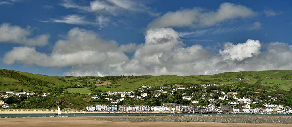 LOOKING ACROSS TO ABERDOVEY 2017