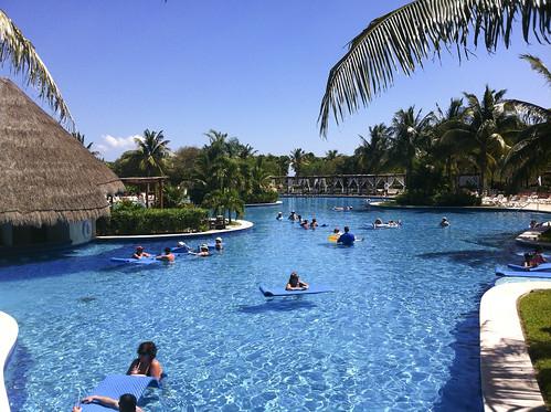 Pool with swim up bar, Valentin Imperial Riviera Maya, Mexico