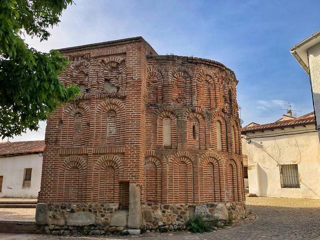 Ábside de las maravillas (El Morabito), uno de los lugares imprescindibles que visitar en Talamanca del Jarama