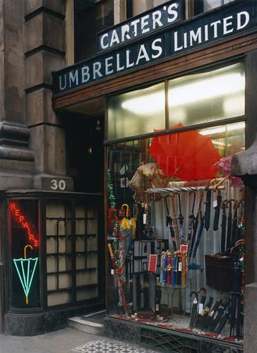 Carters, Umbrella Repairs, Royal Exchange, City, 1986 TQ3281-052